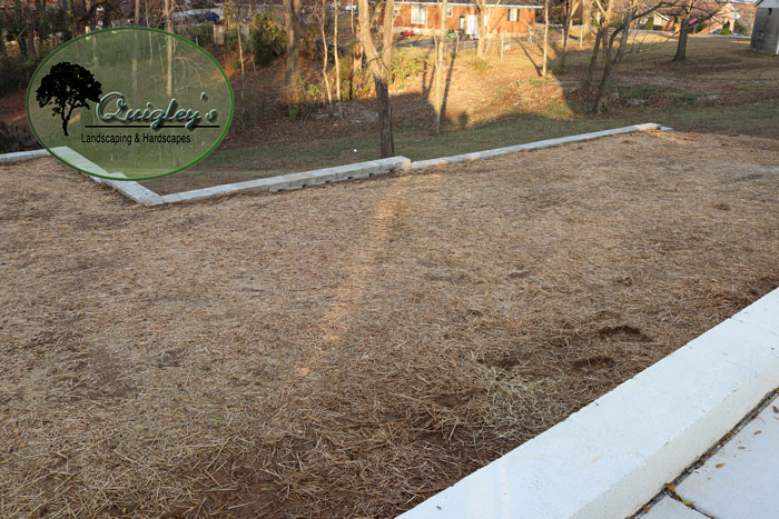 Grading-Soil-Retaining-Wall